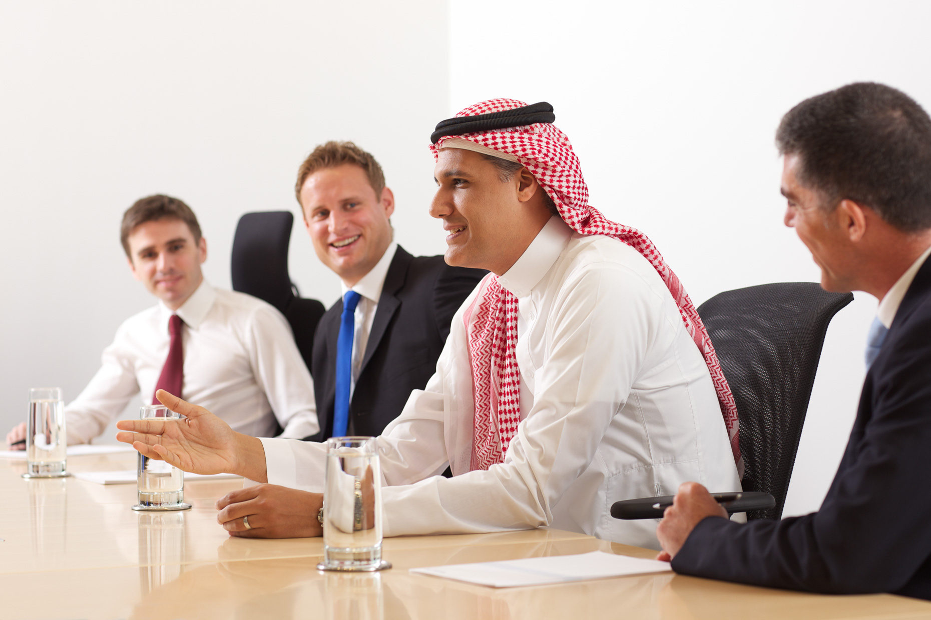 Arab Business Meeting | Professional Photoshoots Dubai